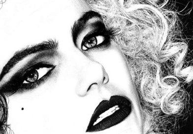 Emma Stone se představuje jako Cruella v prvním traileru