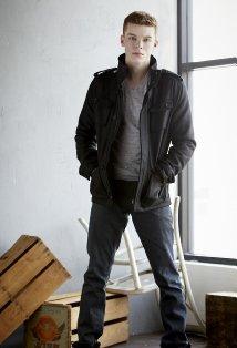 Cameron Monaghan (Mason)